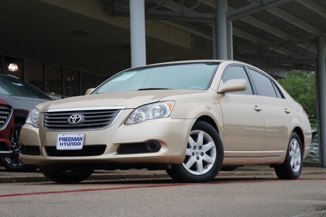 Pre-Owned 2010 Toyota Avalon XL
